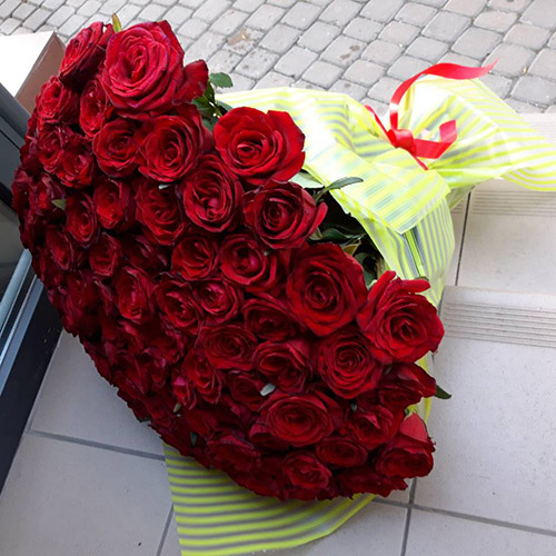101 krasnaya roza