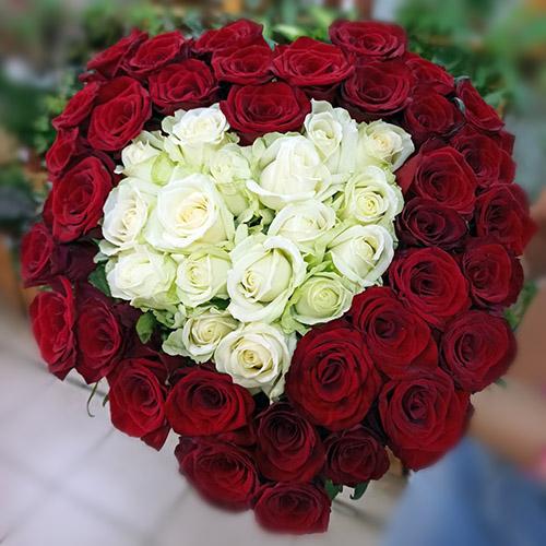 51 roza serdce